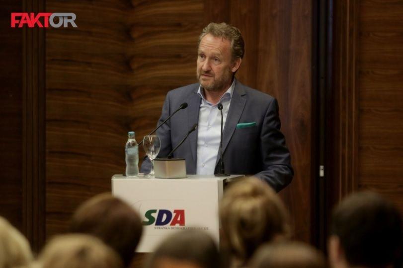 Bakir Izetbegović za Faktor: SNSD je izigrao jedan dogovor, a drugi nije ispoštovao, SBB i DF se neće pokajati