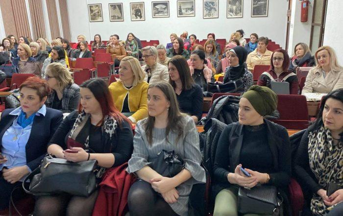 """Žene SDA u Travniku organizovale predavanje """"Gripa i komplikacije"""""""