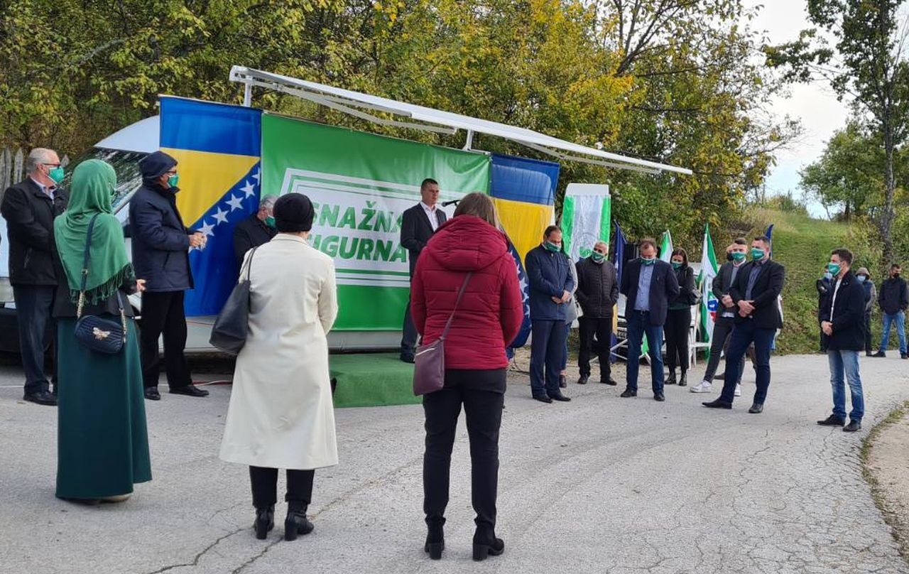 Kandidati OO SDA Travnik posjetili Jezerce