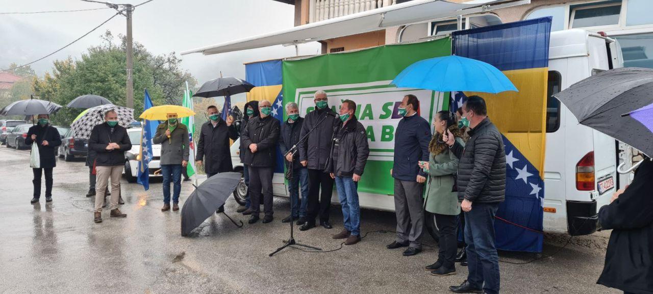 Delegacija OO SDA Travnik danas posjetila Maline