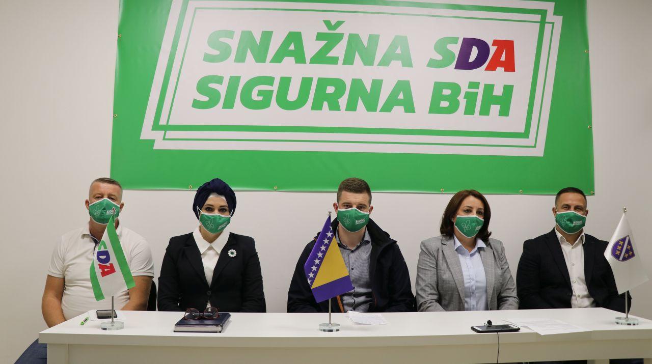 """Press konferencija: """"Primarna i sekundarna zdravstvena zaštita–djelovanje u pandemiji, vizije i razvoj"""""""